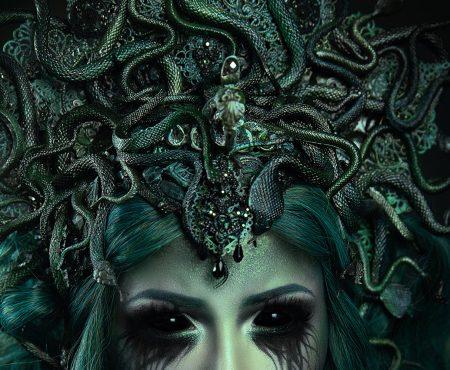 DIY: Medusa Headpiece